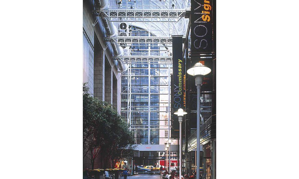 Sony Plaza 2